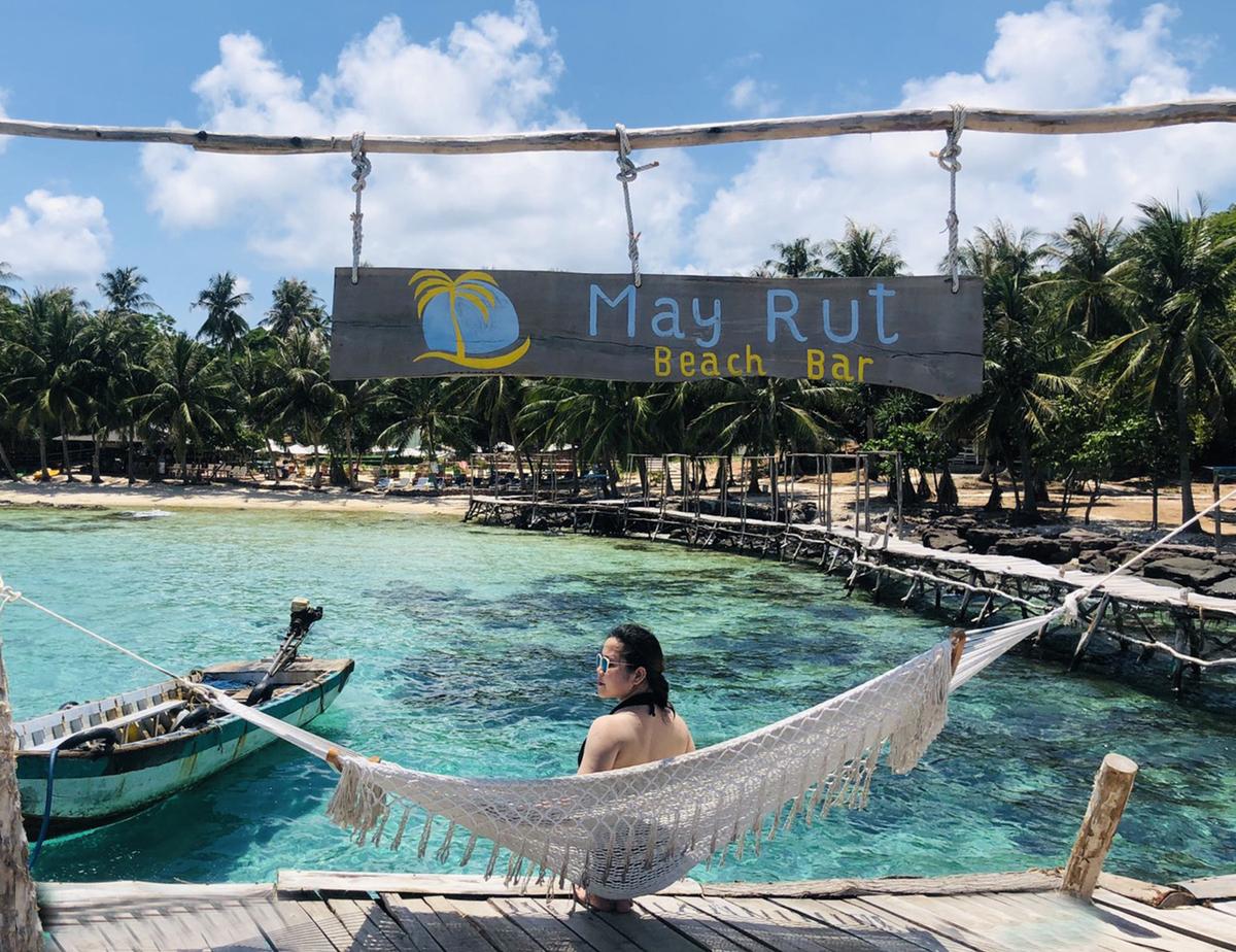 Hon-May-Rut-Trong