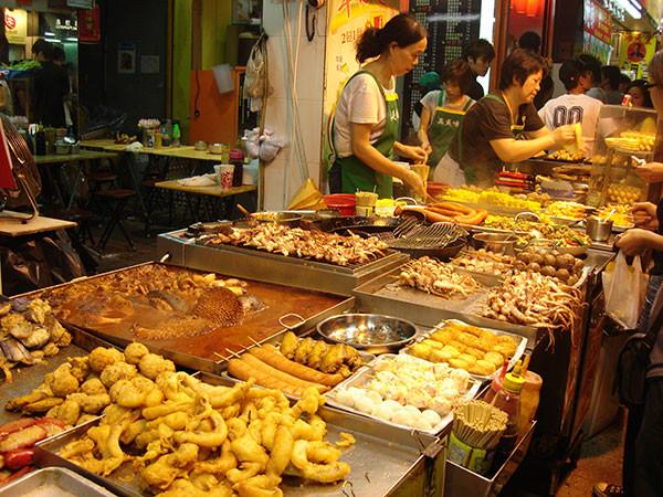 Đậu hủ thối – Món ăn không được bỏ lỡ khi đến Đài Loan - ảnh 4
