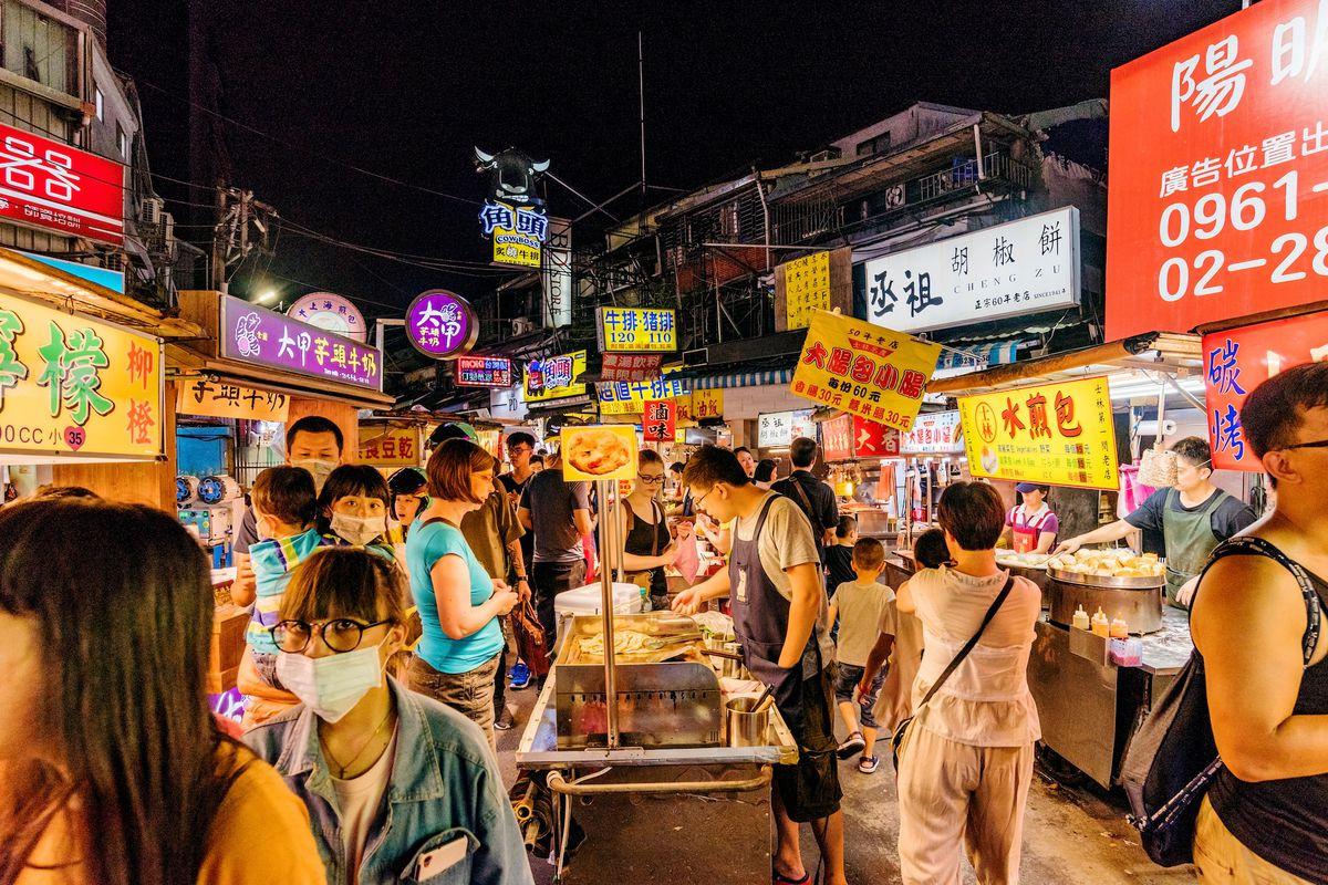 Chợ đêm Phụng Giáp – khu chợ nổi tiếng nhất Đài Loan - ảnh 5