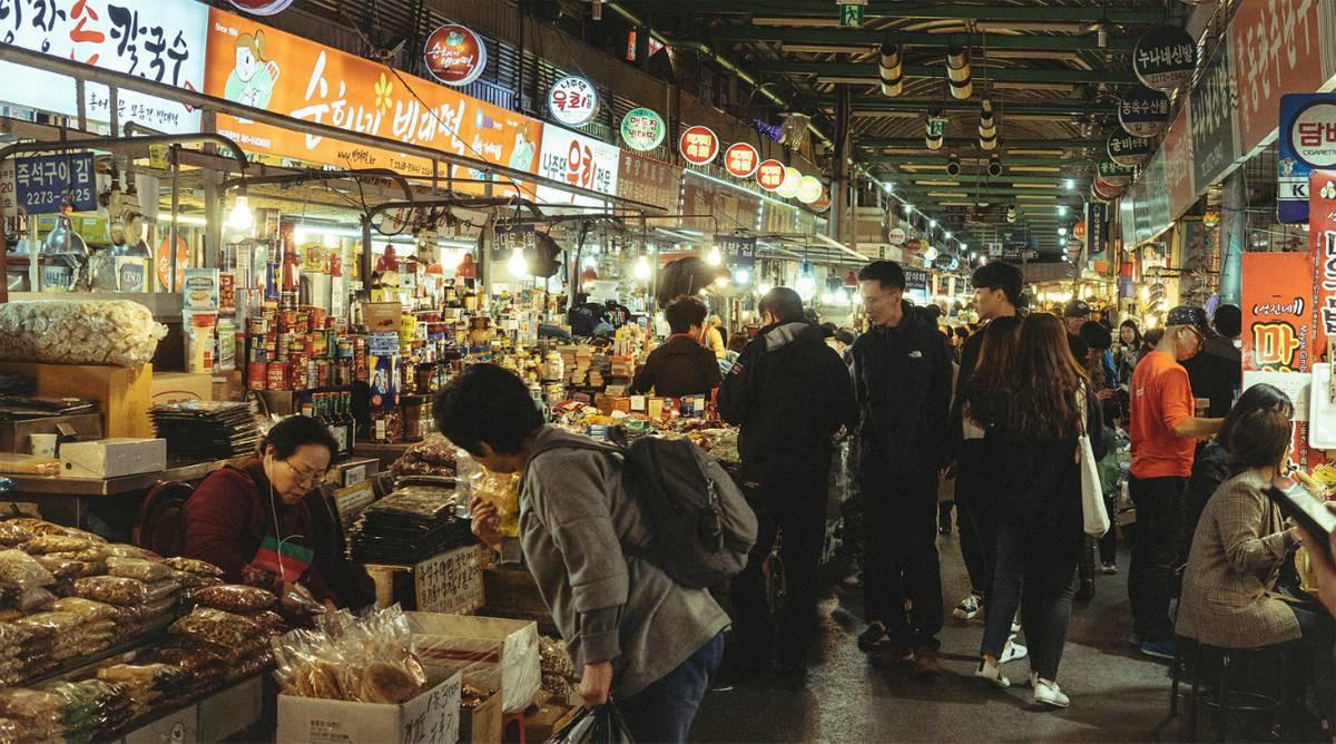 Khám phá chợ Dongdaemun - khu chợ sầm uất bậc nhất Hàn Quốc- ảnh 8