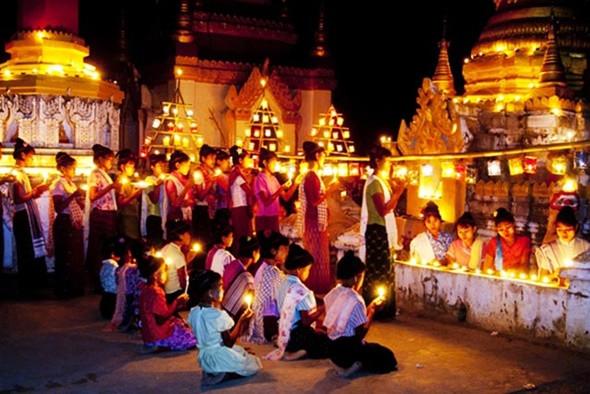 Ngẩn ngơ với lễ hội ánh sáng Thadingyut Myanmar - ảnh 2