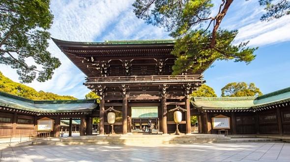 Đền Meiji nằm trên khuôn viên rộng khoảng 70 hecta