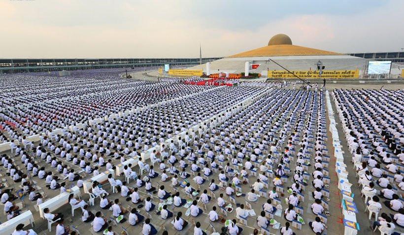 Chùa Wat Dhammakaya – ngôi chùa nổi tiếng nhất đất nước Thái Lan - ảnh 6