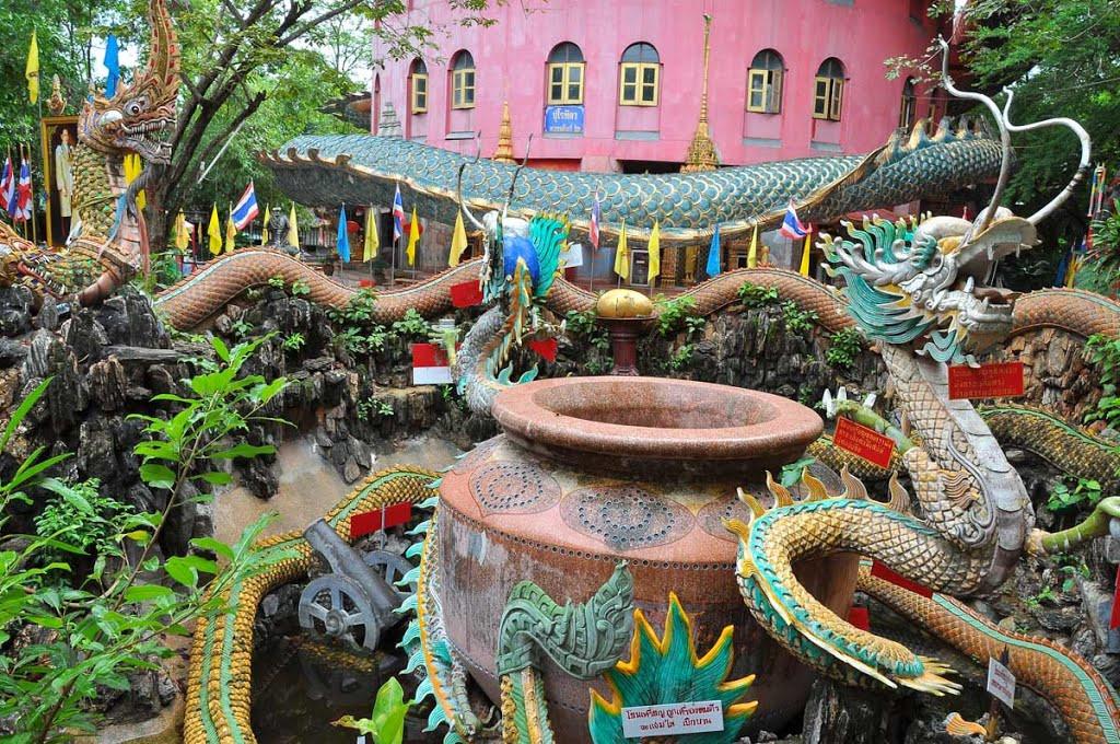 Chùa Wat Samphran Thái Lan - ảnh 5