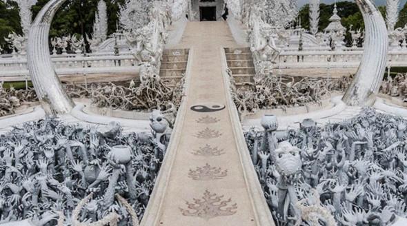Khung cảnh tuyệt đẹp đầy lôi cuốn ở chùa Trắng Thái Lan - ảnh 4