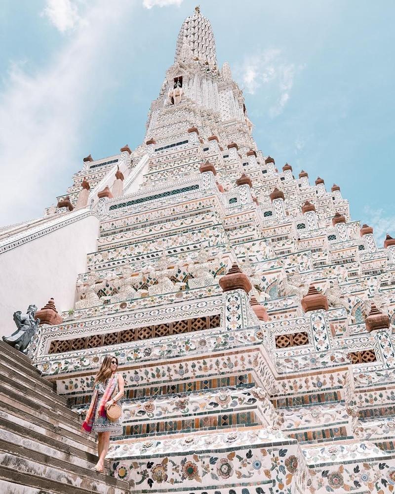 Ngất ngây trước kiến trúc độc đáo của chùa Wat Arun - ảnh 1