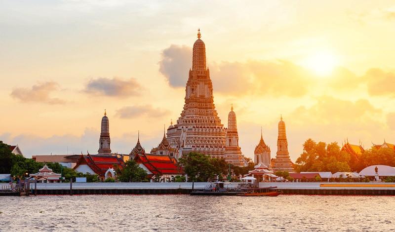 Ngất ngây trước kiến trúc độc đáo của chùa Wat Arun - ảnh 4