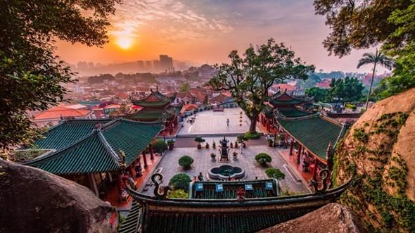 Chiêm ngưỡng những cổ trấn đẹp nhất Trung Quốc - ảnh 8