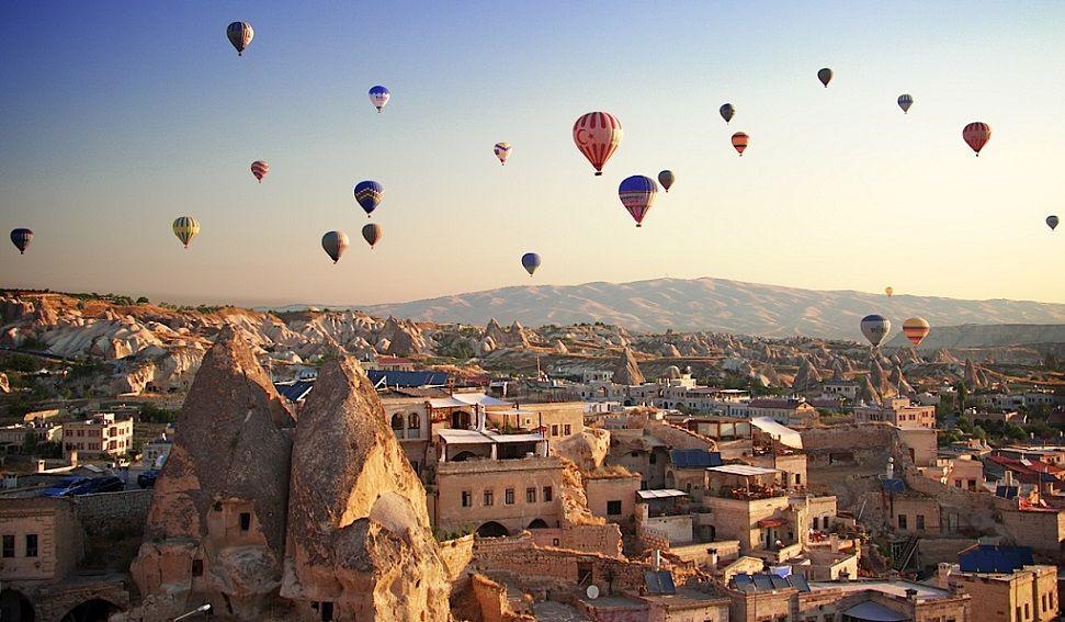 Khinh khí cầu Cappadocia ở Thổ Nhĩ Kỳ - ảnh 1