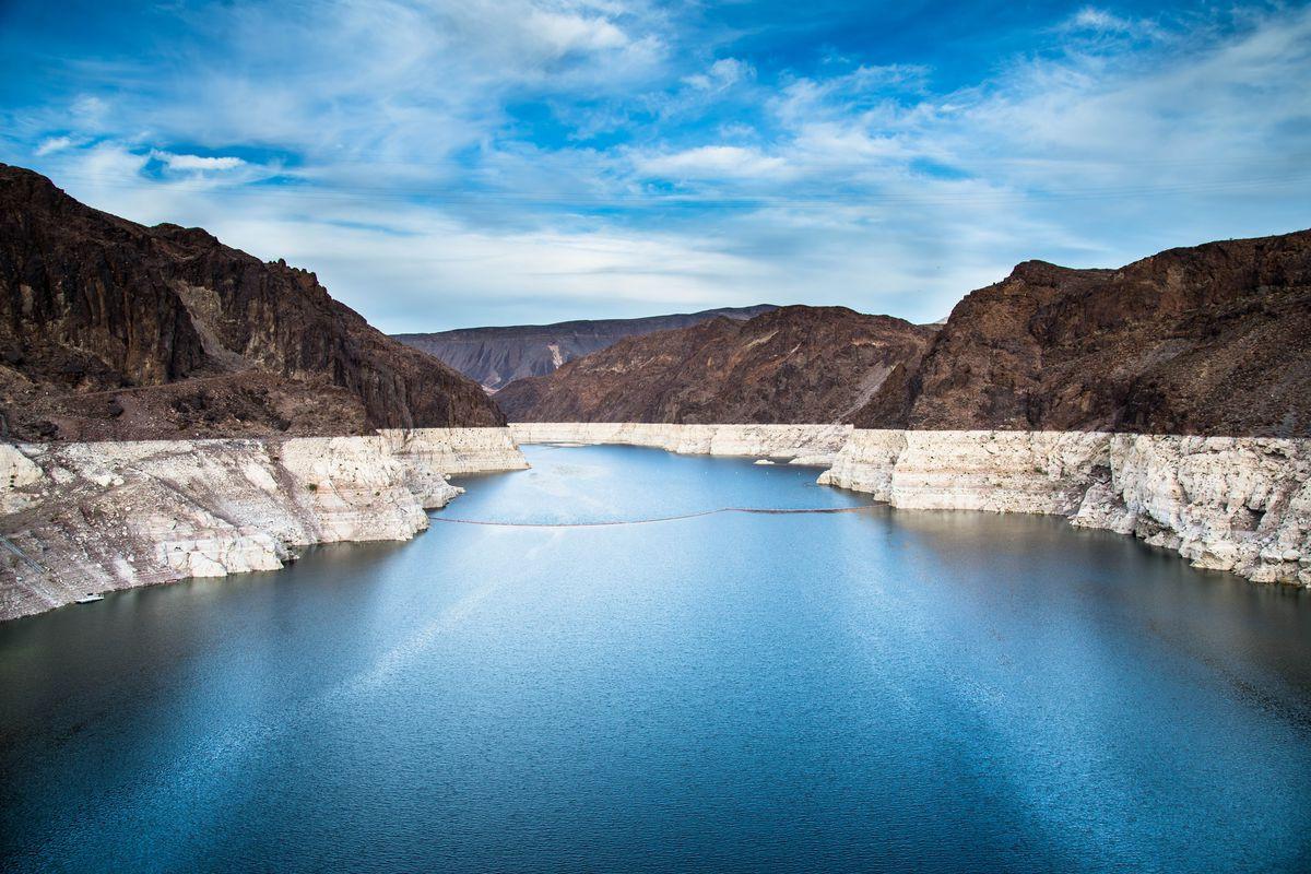 Khám phá đập thủy điện lớn nhất nước Mỹ - Ảnh 4