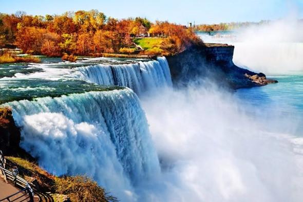 Ngẩn ngơ trước những địa điểm ngắm mùa thu tuyệt vời tại Mỹ - Thác Niagara