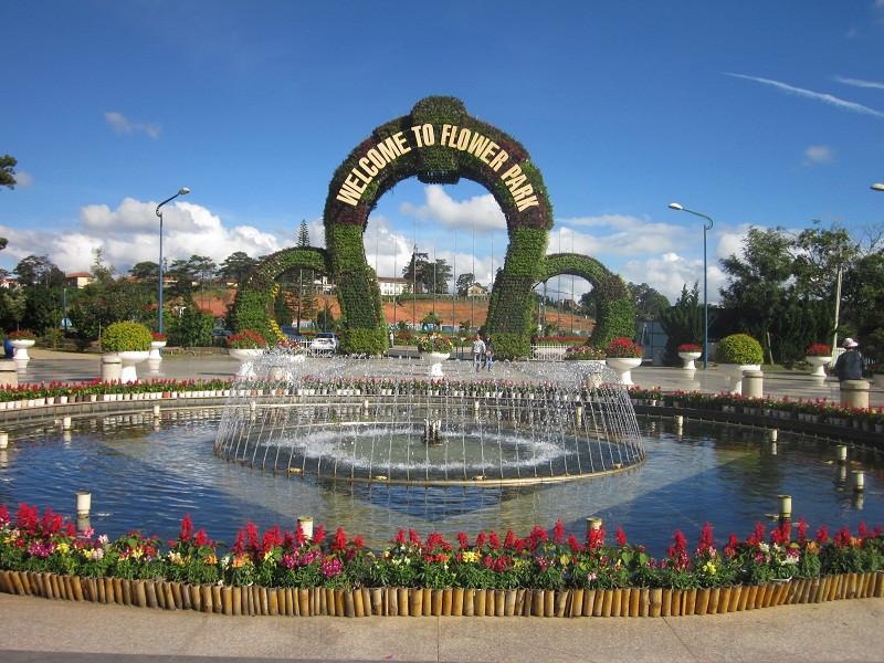 Tour Du Lịch Tết Đà Lạt Có Gì Đặc Biệt? - vườn hoa thành phố