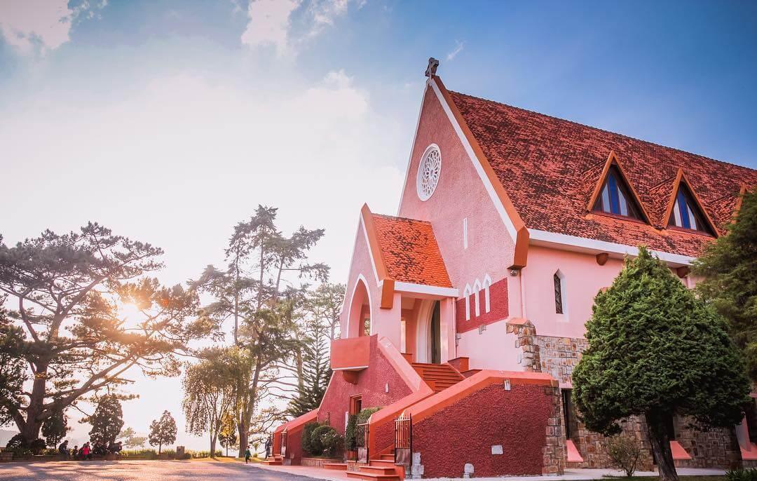 Tour Du Lịch Tết Đà Lạt Có Gì Đặc Biệt? - Nhà thờ Domaine De Marie