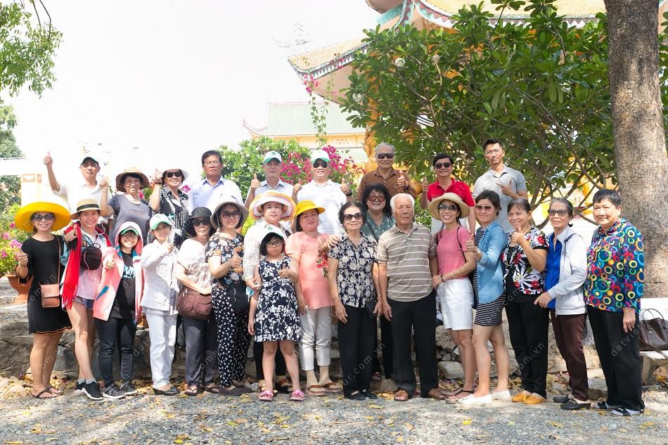 Đoàn khách tham gia tour Hồ Tràm – resort Vietsovpetro 4 sao của Đất Việt Tour - Ảnh 6