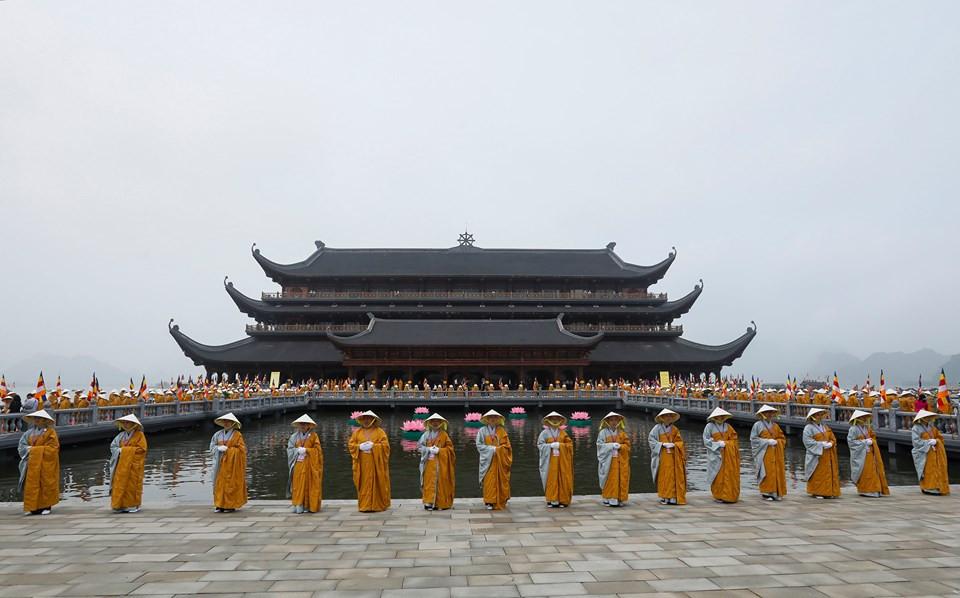Đến và chiêm ngưỡng chùa Tam Chúc – ảnh 4