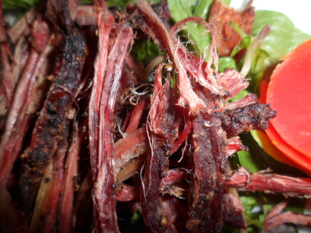 """những món ăn đặc sản Sapa ngon """"quên lối về"""" - thịt trâu gác bếp"""