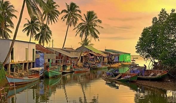 Ngẩn ngơ trước vẻ đẹp của làng chài Hàm Ninh - ảnh 2