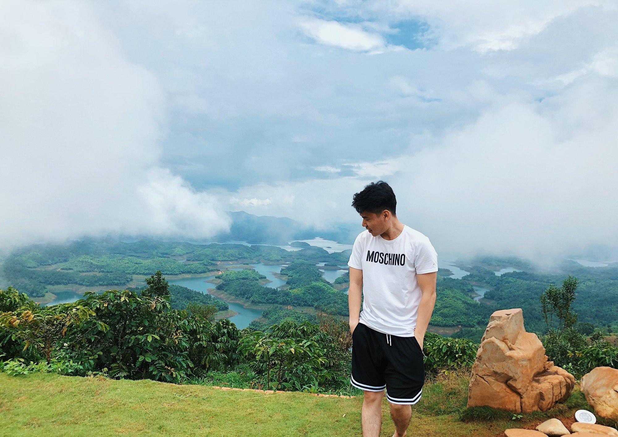 """Check in Hồ Tà Đùng – """"Vịnh Hạ Long"""" ở Tây Nguyên - ảnh 8"""