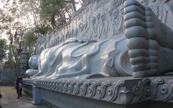 Khám phá chùa Long Sơn cổ kính - Ảnh 3
