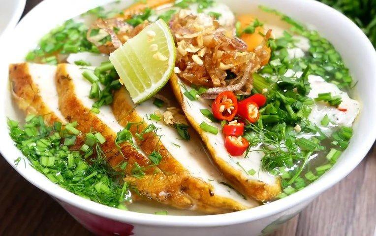 Đặt vé máy bay đến Quy Nhơn thả hồn phiêu lãng cùng thiên đường ẩm thực - ảnh 3