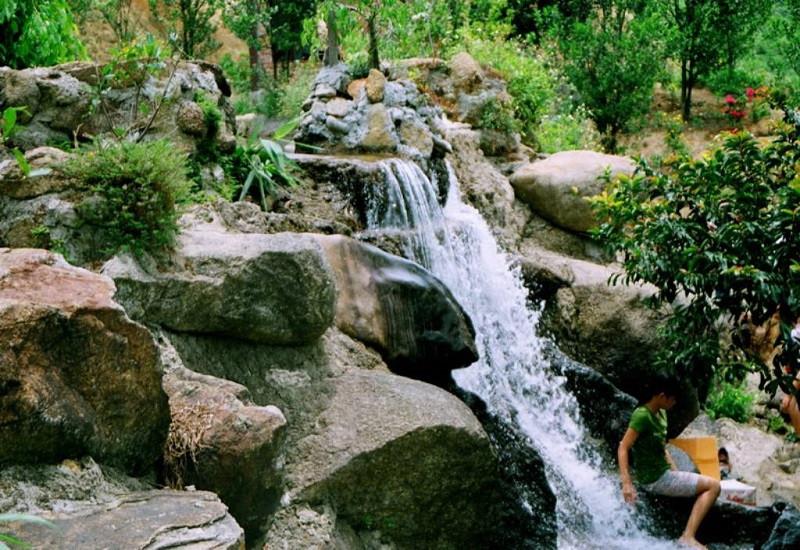 Thác nước đẹp hút hồn, khách du lịch Nha Trang khó cưỡng lại - ảnh 5