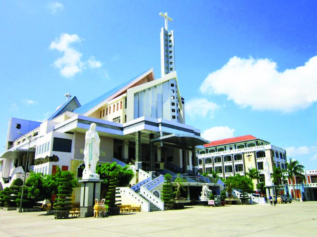 Du lịch tâm linh trong nước - nhà thờ Tắc Sậy