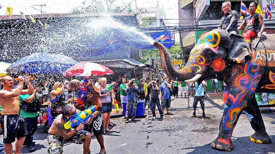 Du lịch Thái Lan - Hòa mình vào lễ hội Songkran