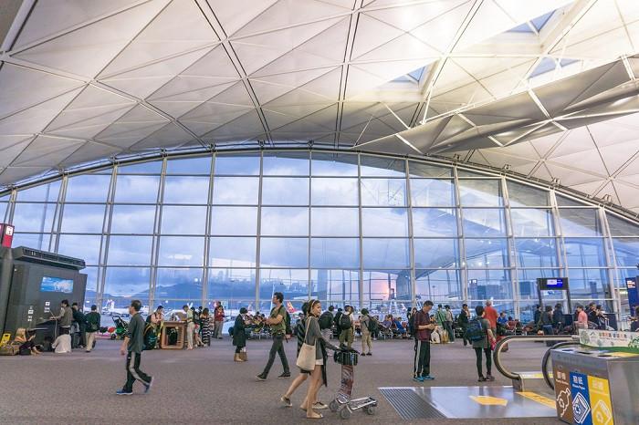 Top 5 sân bay quốc tế đẹp nhất thế giới - ảnh 12