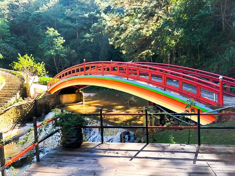 Thác Bảo Đại, Hồ Tuyền Lâm - điểm du lịch Đà Lạt Tết 2020 hấp dẫn - ảnh 7
