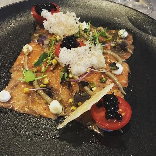 """""""Say vị"""" với 4 nhà hàng chuẩn sao tại Budapest - Caviar&Bull"""