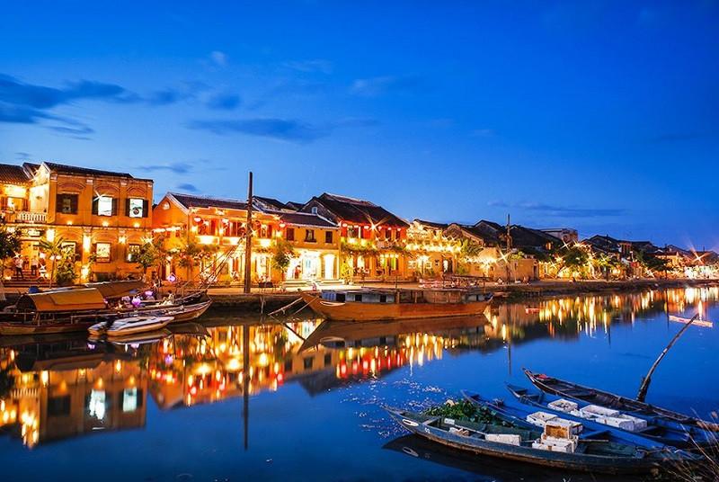 Lịch trình chi tiết du lịch Đà Nẵng trọn gói 3 ngày 2 đêm hấp dẫn nhất - ảnh 2