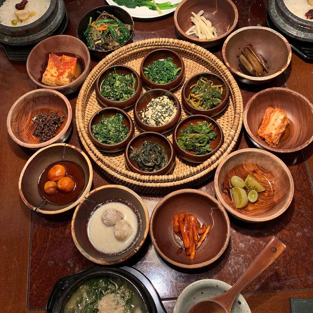 Gợi ý 10 nhà hàng thưởng thức trọn vẹn hương vị Xứ sở Kim Chi - ảnh 1