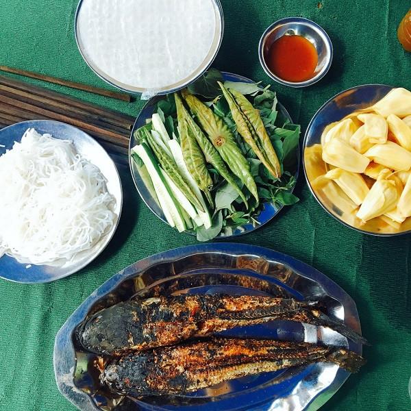 Điểm danh những món ăn ngon khó cưỡng khi du lịch miền tây - Cá lóc nướng