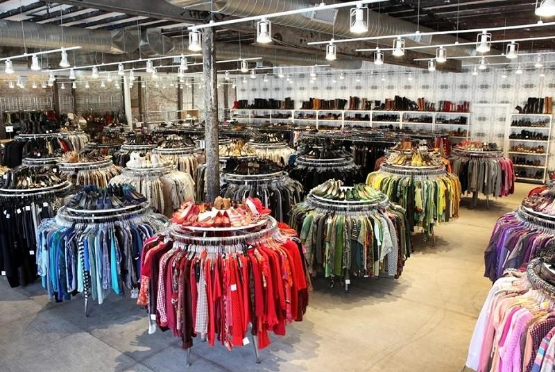 Du lịch Mỹ shopping cháy túi với hàng loạt khu mua sắm ở New York - ảnh 2