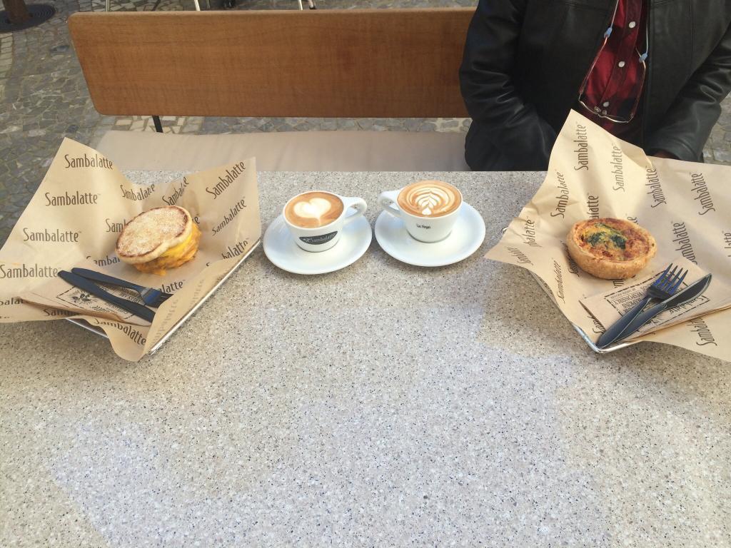 Top 5 nhà hàng cà phê & bánh ngọt ngon nhất tại Las Vegas - Sambalatte 2