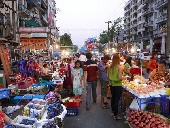 Myanmar Và Cuộc Sống Về Đêm Ở Yangon - Một China Town đậm chất Trung Hoa