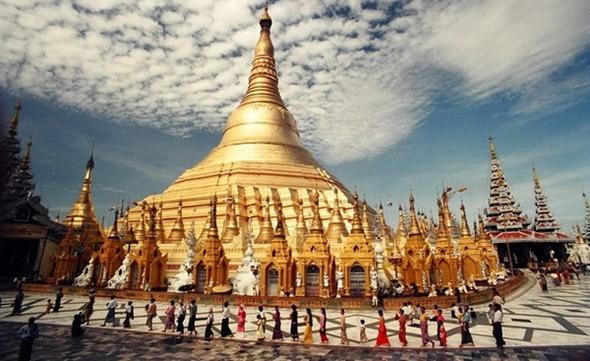 Top 5 điểm đến nổi tiếng tại Myanmar - Chùa vàng Shwedagon