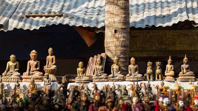 Món quà đặc sắc từ Vùng Đất Phật Myanmar - Tượng Phật