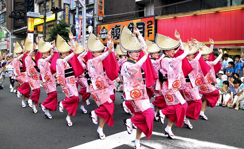 Du lịch Nhật Bản mùa hè có gì thú vị?