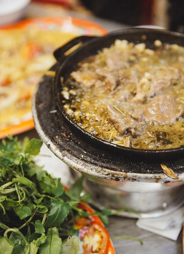 Khai phá ẩm thực núi rừng Tây Nguyên chỉ với 5 món - Bò nhúng me