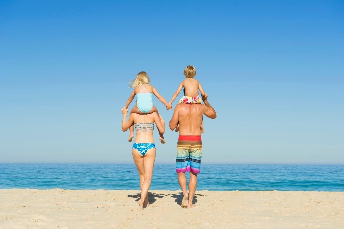 Kinh nghiệm khi đi tắm biển ở Nha Trang - ảnh 1