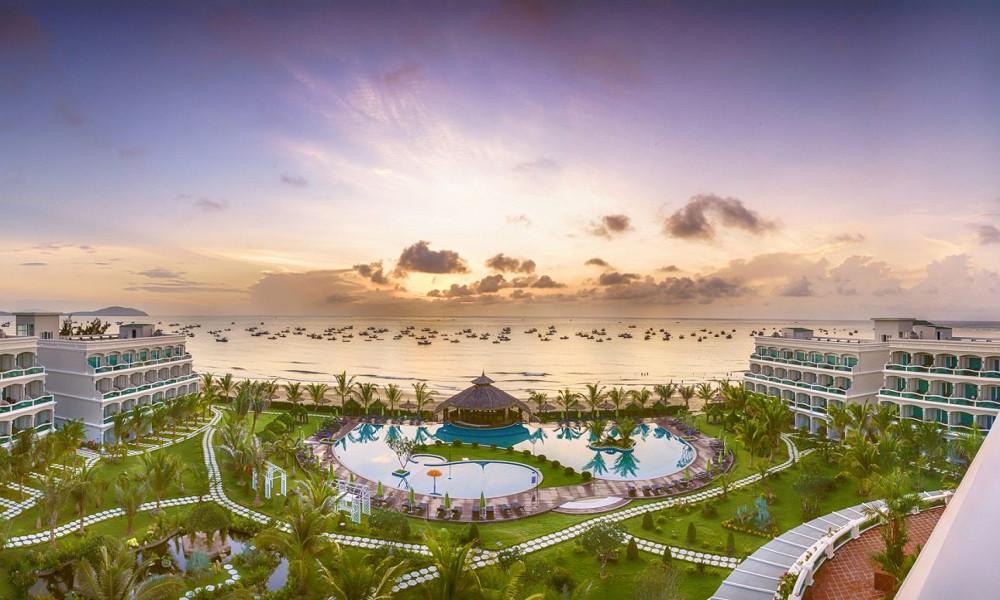 the-sailing-bay-beach-resort-phan-thiet