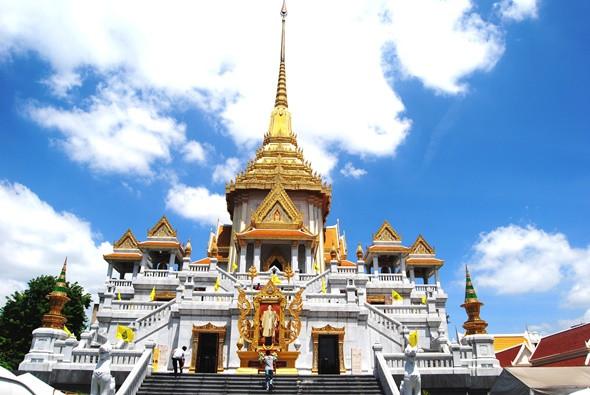 Check in Cháy Máy 5 Những Địa Điểm Siêu Đẹp Tại Thái Lan - Chùa Phật vàng