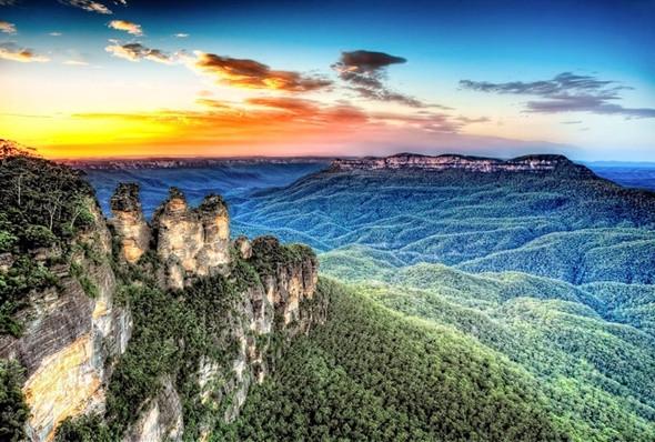 Xiêu Lòng Trước 5 Địa Điểm Đẹp Ngất Ngây Tại Úc - Núi Ba Chị Em