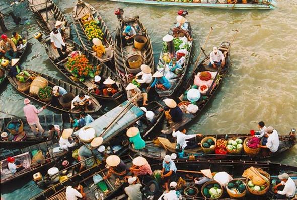 Tết Không Nhàm Chán Với Tour Du Lịch Miền Tây - Chợ nổi Cái Răng