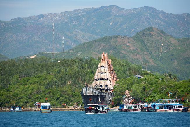 Điểm danh những hòn đảo đẹp tại Nha Trang - Hòn Miễu