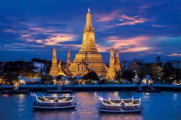 Những Điểm Tham Quan Cực Đẹp Không Nên Bỏ Qua Trong Chuyến Du Lịch Tết Thái Lan - Dạo thuyền