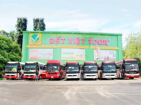 Dịch vụ cho thuê xe tại Đất Việt Tour