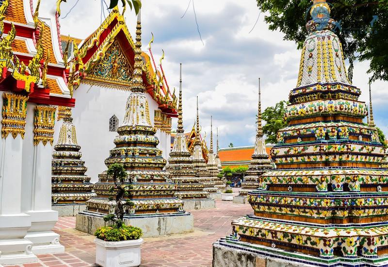 Câu chuyện linh thiêng về chùa thuyền Wat Yanawa