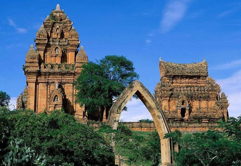 Nguồn gốc hình thành và phát triển của tháp chàm Poshanư